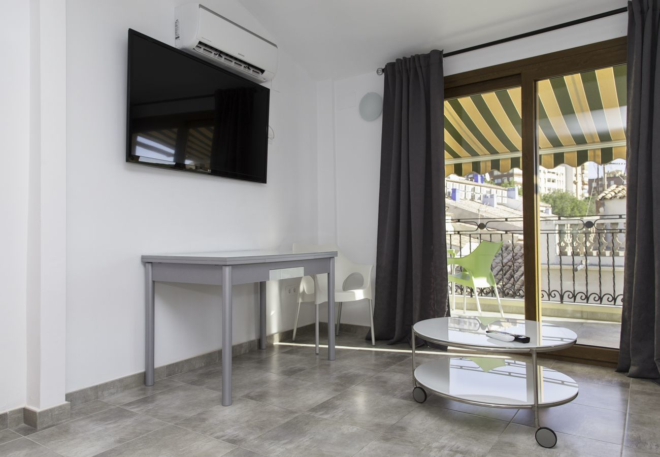 Apartment in Villajoyosa - TORRE MAR - 2 BED. 2 BATH. WITH TERRACE AND STREET VIEWS